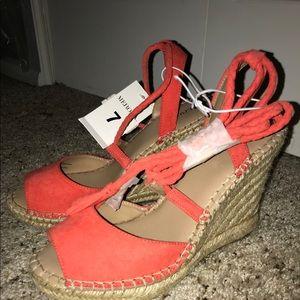New peep toe orange wedge shoes size 7